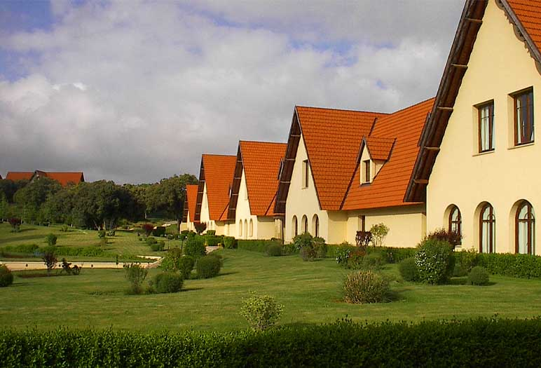 the university of al akhawayn Ifrane the Moroccan fascinate city Ifrane is a Moroccan city located near Fez and Meknes city